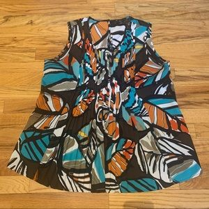 PLUS - colorful tank - small pleated neckline